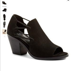 Gorgeous EF Nikki Peep Toe 'shoettie'